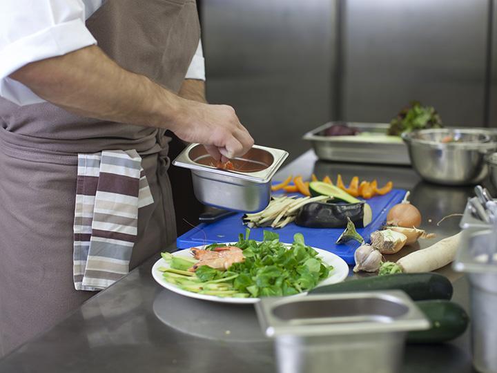 【調理師】大型連休もシッカリ取れる♪大手企業内食堂でのお仕事です☆